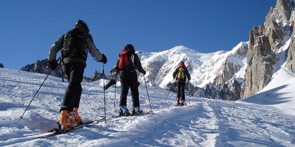 Intro Ski Touring & Backcountry group ski touring across to Pointe Helbronner