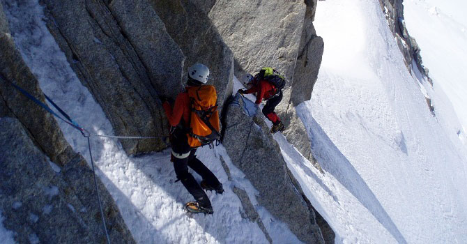 Topping out of the ice on Tour Ronde
